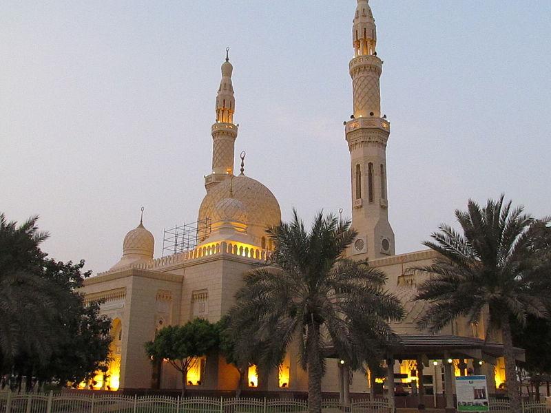 Jumeirah-Mosque-most-Unique-Mosque-In-Dubai