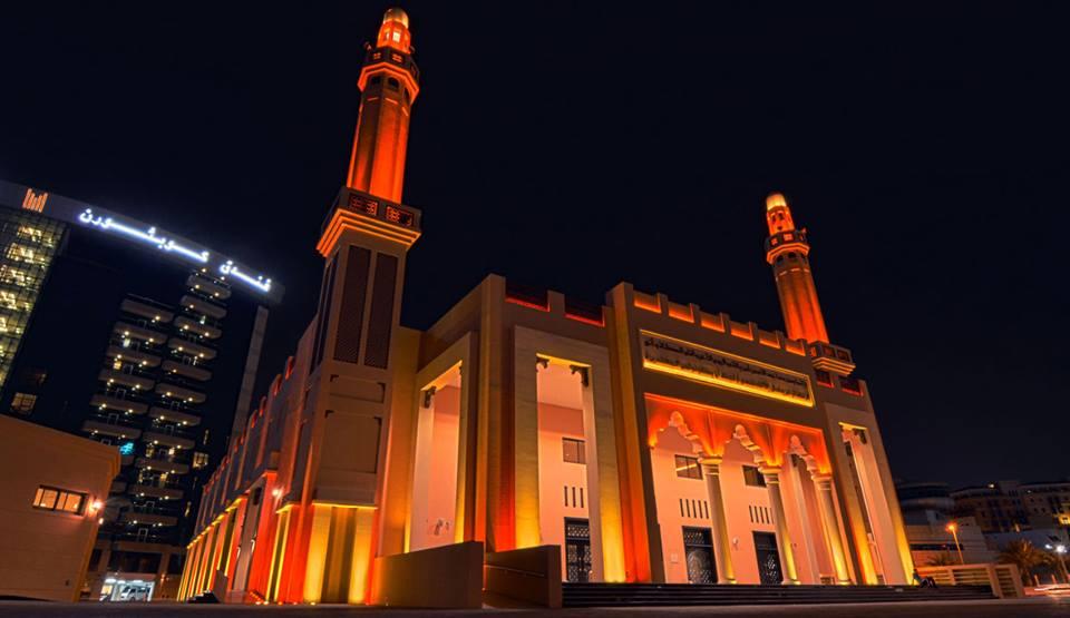 Khalifa-Al-Tajer-Mosque-In-Dubai