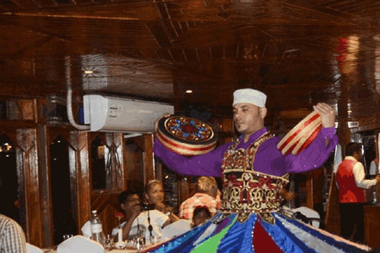 Dhow Cruise Dinner Creek - Tanoura Show