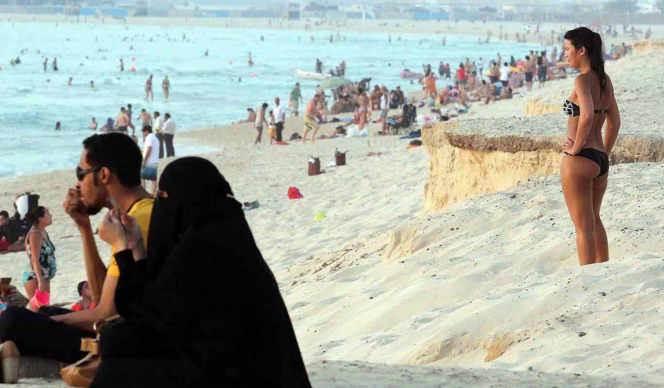 Dress code for beaches In Dubai images and photos