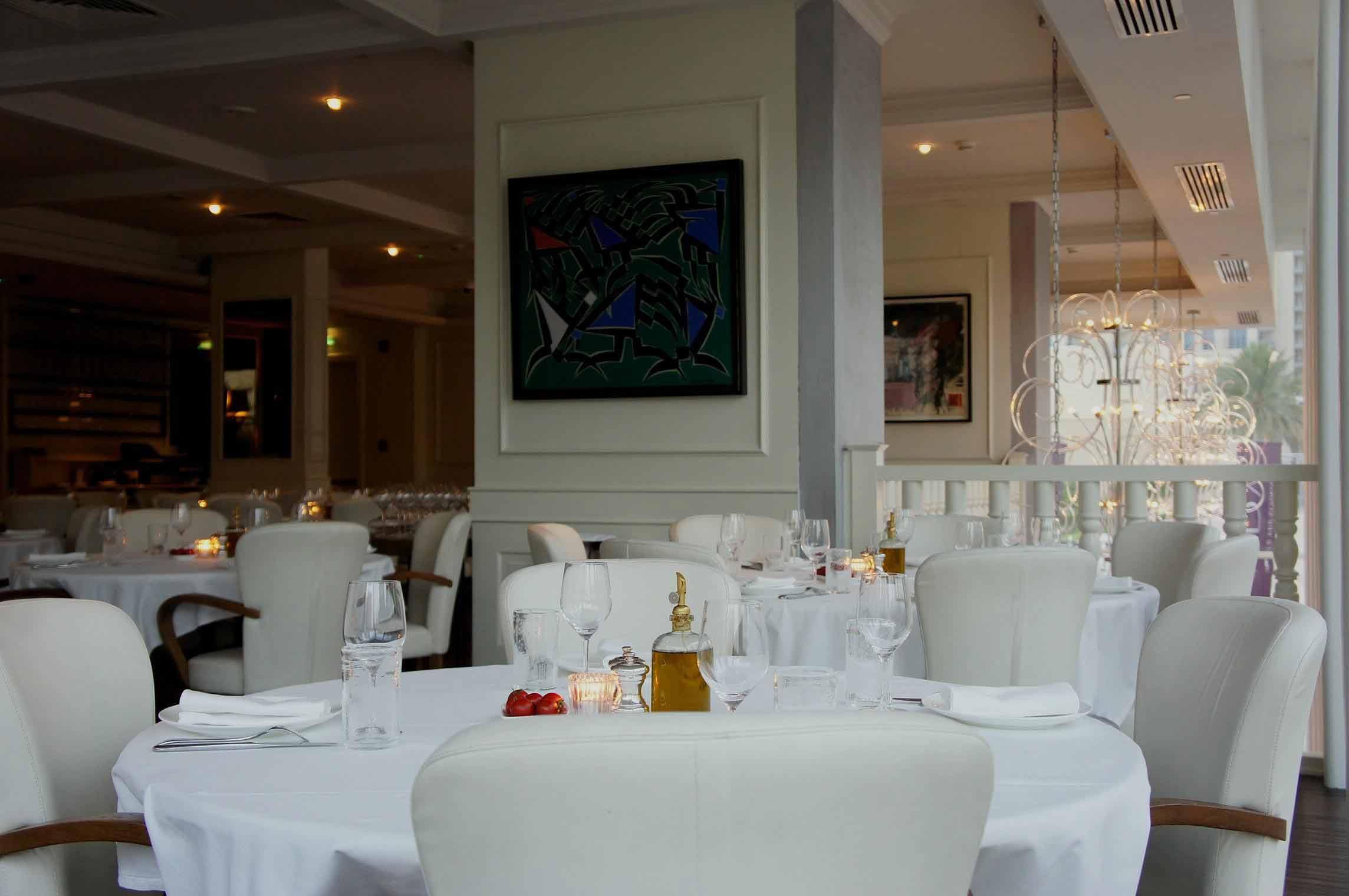 La Serre Romantic Restaurant in Dubai