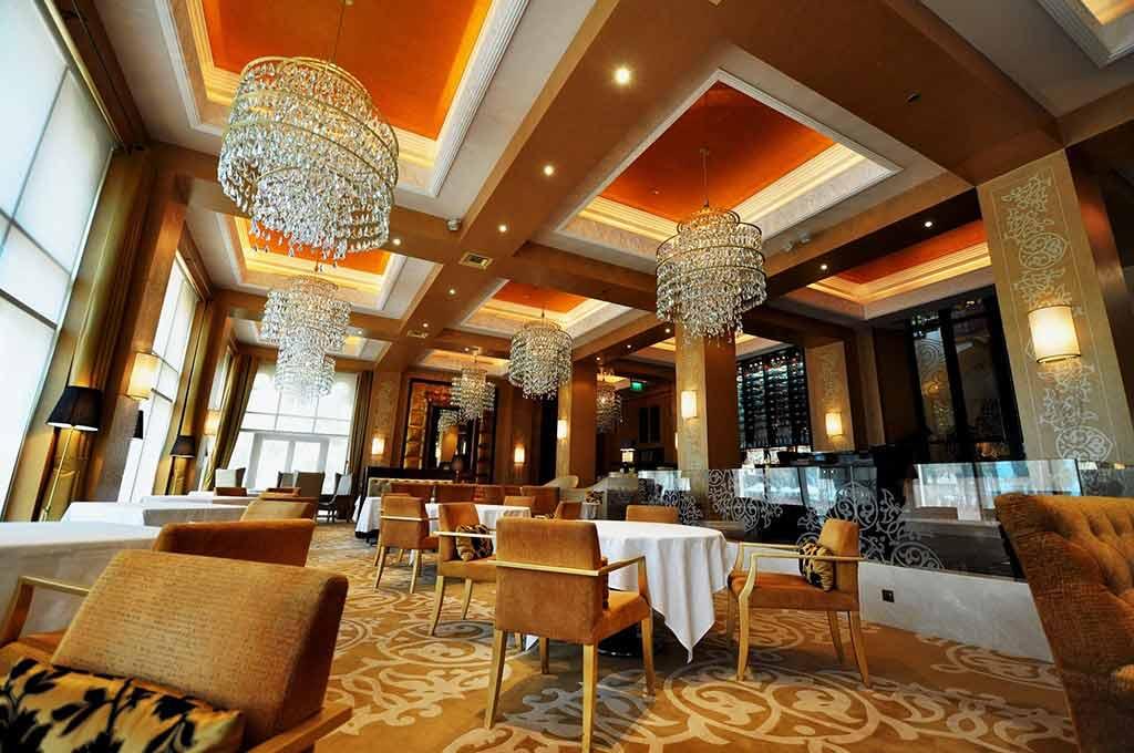 Celebrities Restaurant Dubai