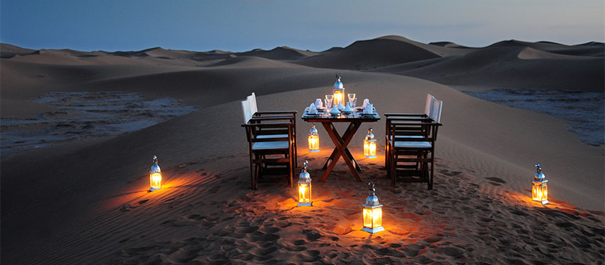 Romantic Luxury Dinner in the Desert