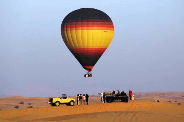 Hot Air Balloon Ride Romantic things To Do in Dubai