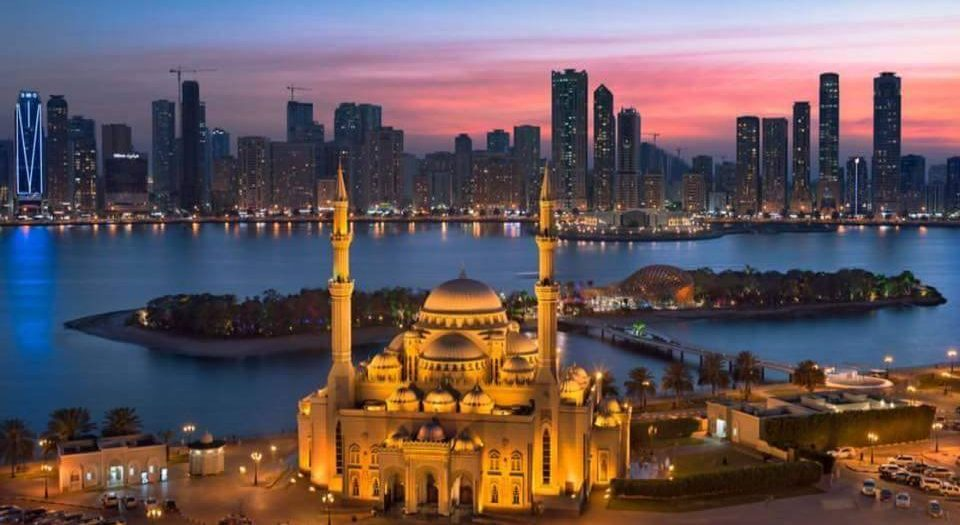 Al Noor Mosque is the best places to visit in sharjah at nightAl Noor Mosque is the best places to visit in sharjah at night