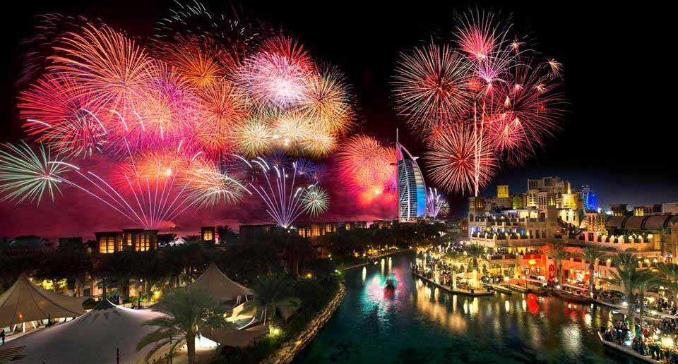 Madinat Jumeirah Fireworks on new year eve in dubai